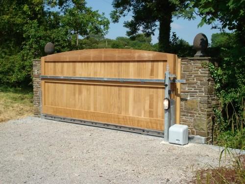 Natural Bg Wooden Gates Wooden Driveway Gates