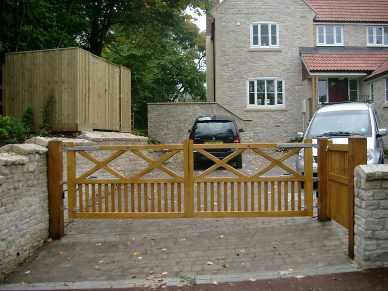 The windsor range bg wooden gates wooden driveway gates for Single wooden driveway gates