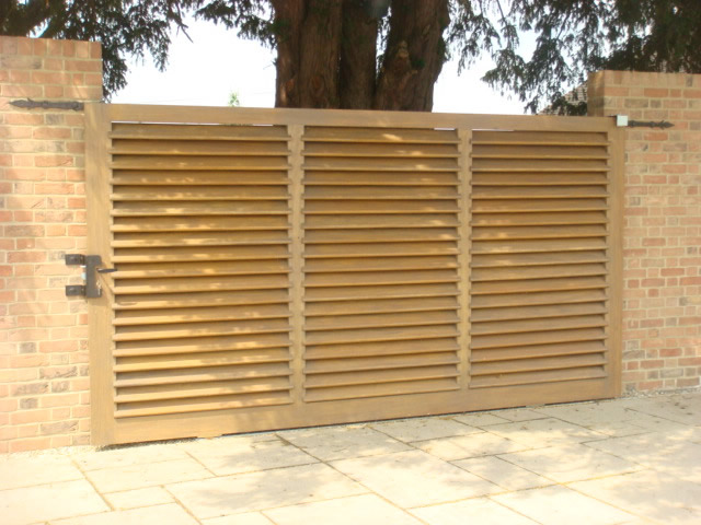 Sliding Louvred Wooden Gate Bg Wooden Gates Wooden