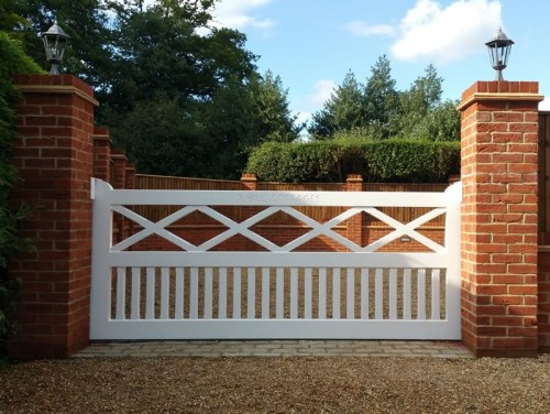 Windsor painted gate white